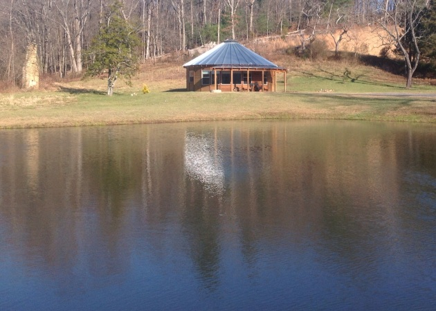rose_river_farm_pond_cabin